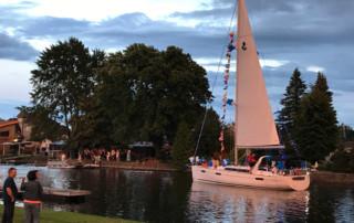 Parade de bateaux au Festival Nautique de Saint-Paul-de-l'ile-aux-Noix